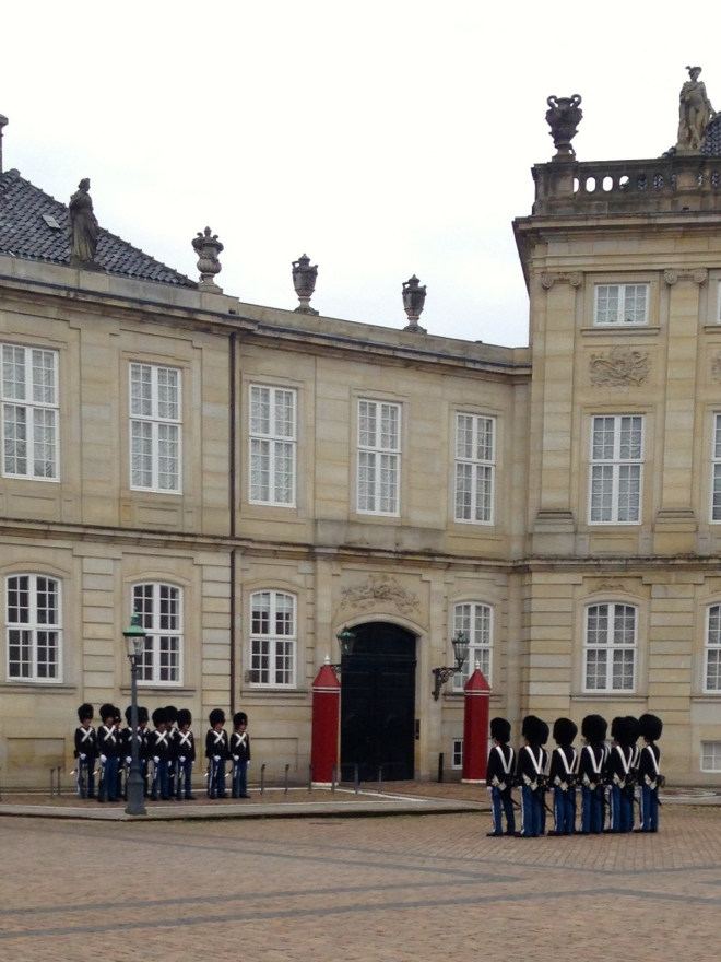 Amalienborg, changing of the guards