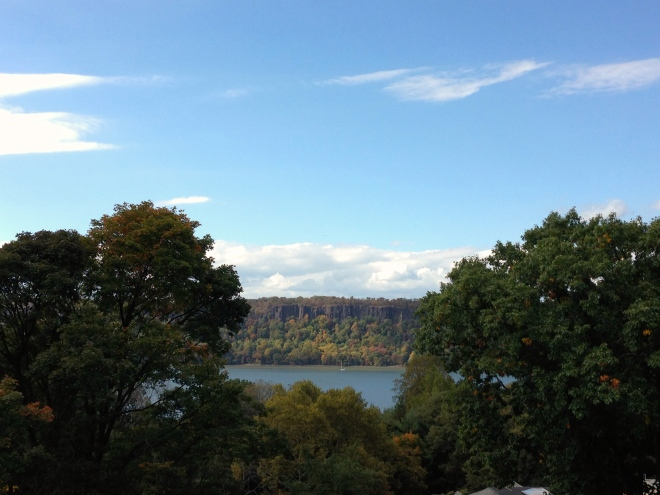 wave hill in new york city, the bronx, fall foliage, autumn, palisades